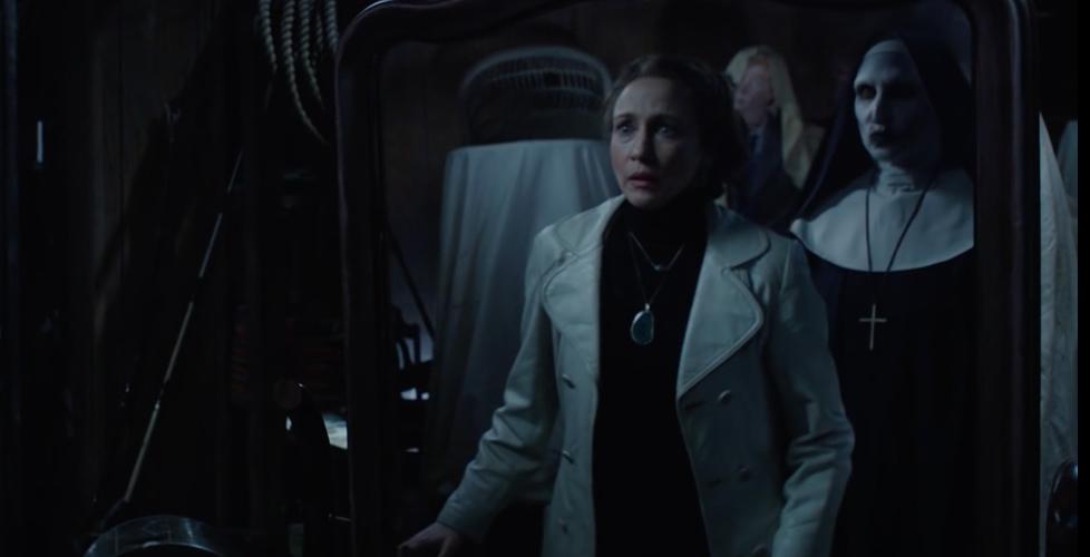 Valak được giới thiệu lần đầu trong The Conjuring 2. Lorraine Warren (Vera  Farmiga) đã nhìn thấy tên ác quỷ đội lốt bà sơ ngay chính trong căn nhà của  mình, ...
